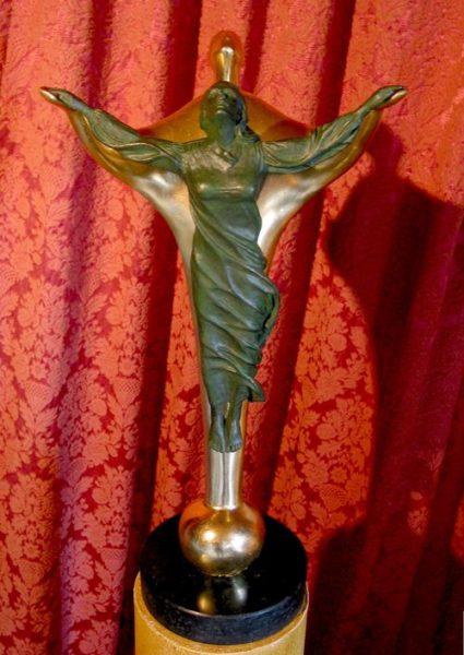 """Bronze-Skulptur """"Ein Licht aus Liebe"""""""
