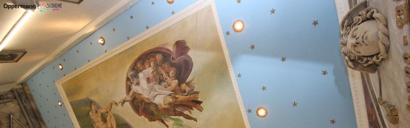 Deckenmalerei in Thomas Schönes Kunstwerkstatt