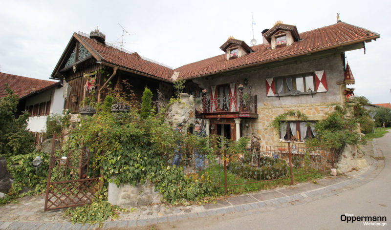 Der Rapunzelhof des Künstlers Thomas Schöne im Allgäu