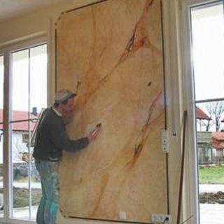 Raumgestaltung: Marmorierte Wand