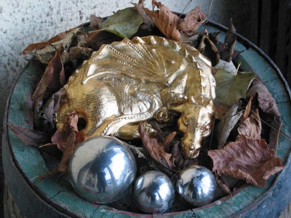 Feng Shui Drache vergoldet
