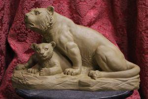 Löwin mit Baby