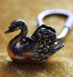 Schmuck: Schlüsselanhänger Schwan aus Silber