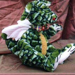 Stofftiere-plueschtiere: Drache in Plüsch