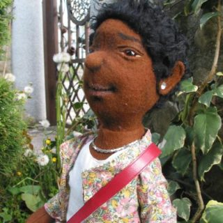 """""""Kunal"""" Puppe aus Filz"""