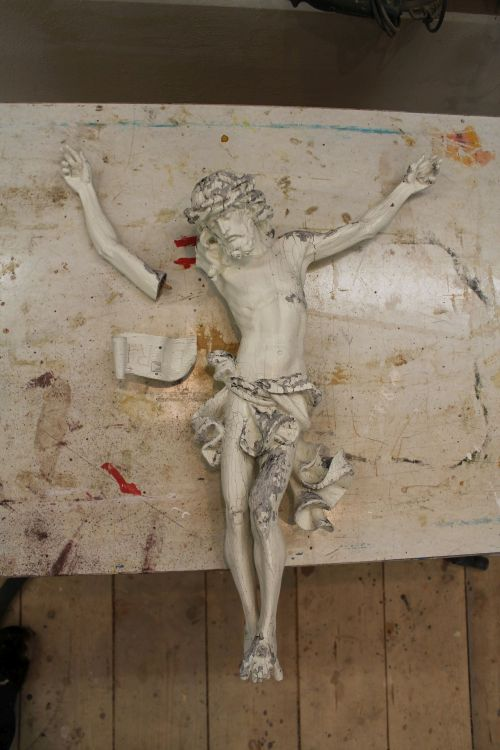 Jesus vor der Restauration