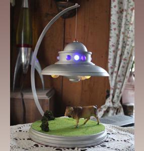 Adamski Ufo mit Licht