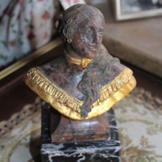 """Sonstige-skulpturen: Skulptur """"Frauenbüste"""""""