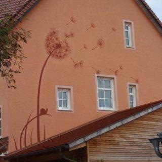 Raumgestaltung: Eine Hausbemalung der besonderen Art.